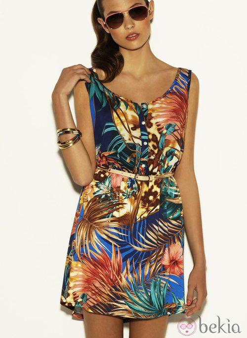 Vestido estampado tropical de la colección Verano 2012 de Suiteblanco