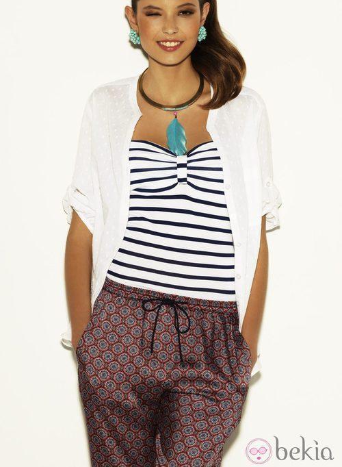 Top de rayas marineras y pantalón estampado estilo pijama de la colección Verano 2012 de suiteblanco