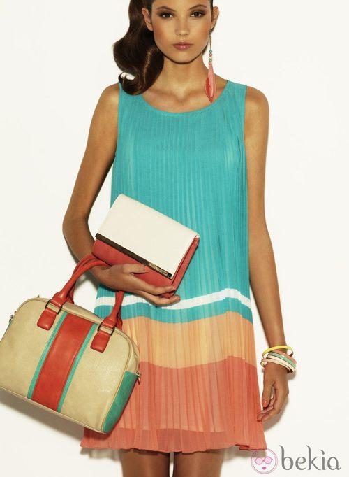 Vestido plisado sin mangas de la colección Verano 2012 de Suiteblanco