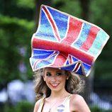 Tocado de la bandera de Reino Unido en las carreras de Ascot 2012