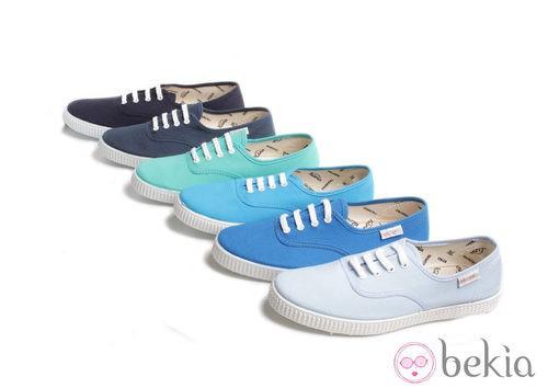Zapatillas de lino en colones azul cielo de la colección Victoria by BAMBA verano 2012