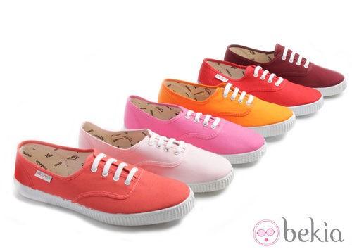 Zapatillas de lino en colores puesta de sol de la colección Victoria by BAMBA verano 2012