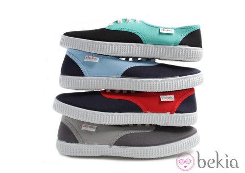 Zapatillas en dos colores de la colección Victoria by BAMBA verano 2012
