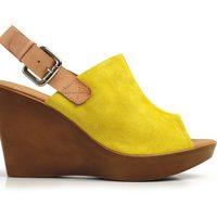 Zueco amarillo de la nueva colección de Lodi para este verano 2012