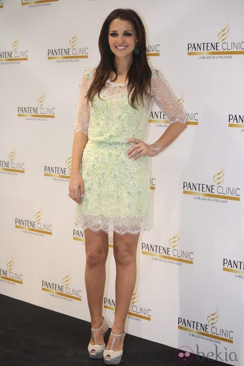 Paula Echevarría con un vestido de encaje crochet