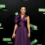 Paula Echevarría con un vestido largo de gala en color morado