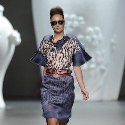 Vestido azul y leopardo de la colección primavera-verano 2013 de Ana Locking