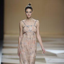 Vestido largo de tirantes de la colección primavera-verano 2013 de Ailanto