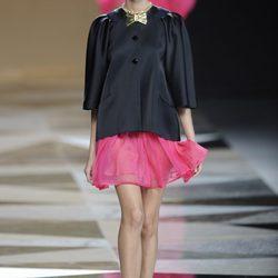 Ailanto: La blusa como protagonista junto con lazos dorados colección primavera-verano 2013