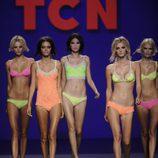 Conjuntos fluorescentes de la colección primavera/verano 2013 de TCN