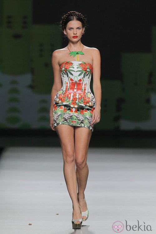 Vestido corsé estampado de Maya Hansen, colección primavera-verano 2013