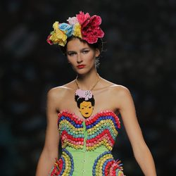 Corsé con abalorios de colores de Maya Hansen, colección primavera-verano 2013