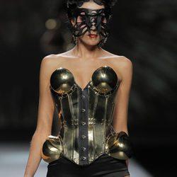 Maya Hansen se inspira en la tradición mexicana para su colección primavera/verano 2013