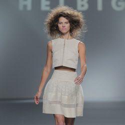 Falda semitransparente de Teresa Helbig, colección primavera/verano 2013