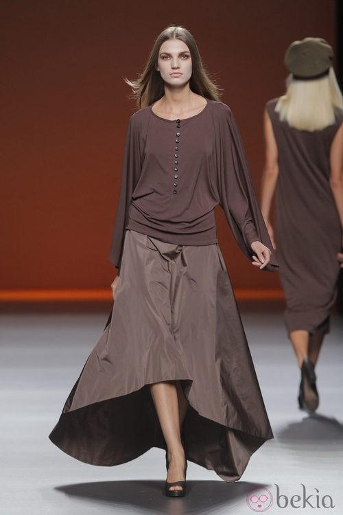 Falda larga tailhem de Lemoniez, colección primavera/verano 2013