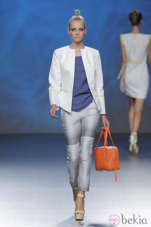 Pantalón tobillero de Sara Coleman, colección primavera/verano 2013