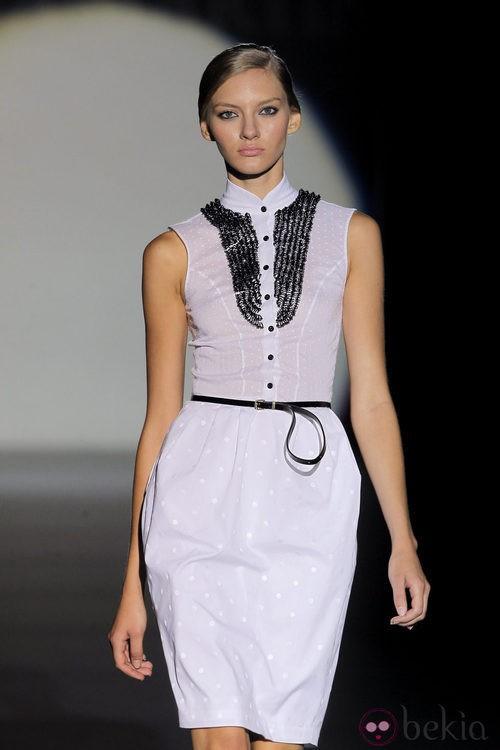 Vestido camisero de Juana Martín, colección primavera/verano 2013