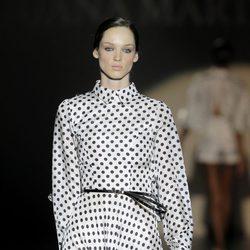 Vestido de lunares de Juana Martín, colección primavera/verano 2013