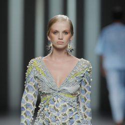 Body cubierto de perlas de Martín Lamothe, colección primavera/verano 2013