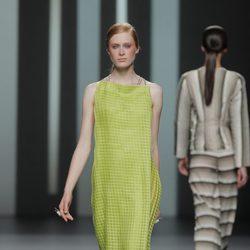 Vestido verde de Martín Lamothe, colección primavera/verano 2013