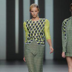 Conjunto en tonos verdes de Martín Lamothe, colección primavera/verano 2013