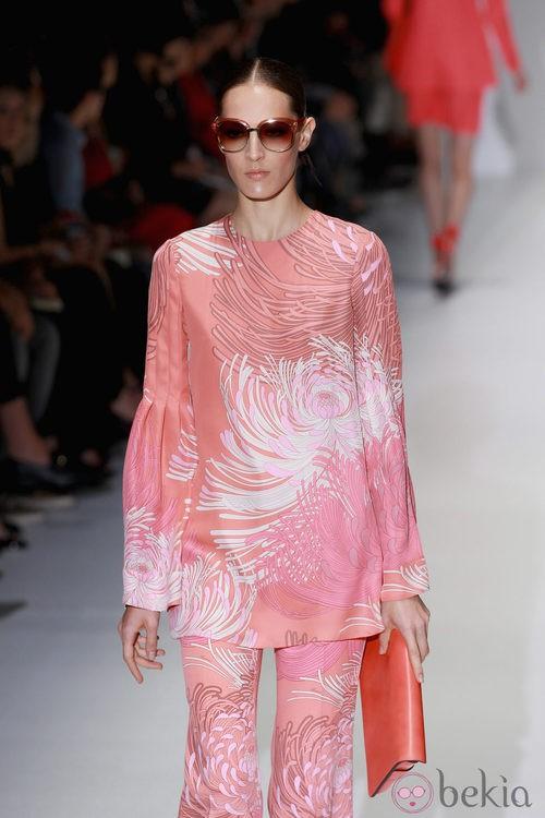 Aires retro en el desfile de Gucci en la Semana de la Moda de Milán primavera/verano 2013