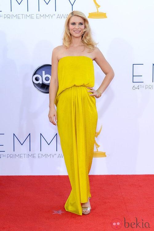 Claire Danes con un vestido amarillo de Lanvin en los Emmy 2012