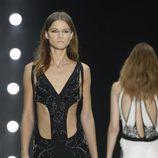 Vestido negro largo con aberturas de Roberto Cavalli en la Semana de la Moda de Milán primavera/verano 2013