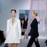 Chaqueta silueta bar de Dior en la Semana de la Moda de París primavera/verano 2013