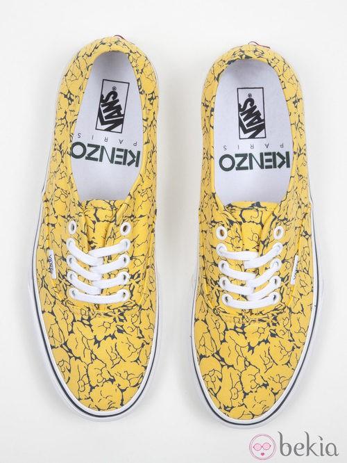 Zapatillas amarillas con estampado de flores de la colección Vans x Kenzo parte II