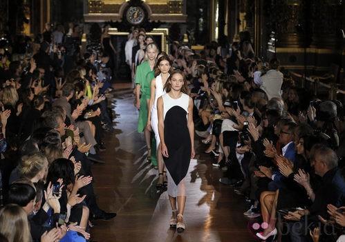 Desfile Stella McCartney en la Semana de la Moda de París primavera/verano 2013