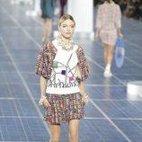 Los molinos de viento se plasman en las camisetas de Chanel primavera/verano 2013