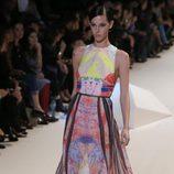 Elie Saab sorprende con nuevos y coloridos estampados en la Semana de la Moda de París primavera/verano 2013