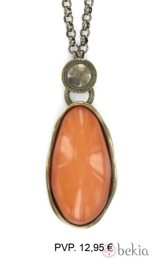 Colgante con piedra naranja calabaza de Tantrend colección otoño/invierno 2012/2013