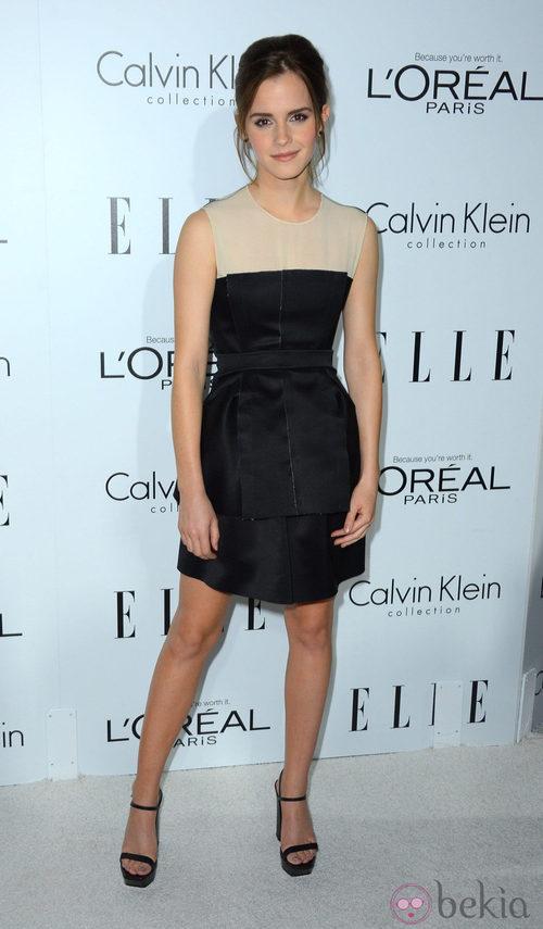 Emma Watson sencilla de Calvin Klein en la gala Elle Women in Hollywood 2012