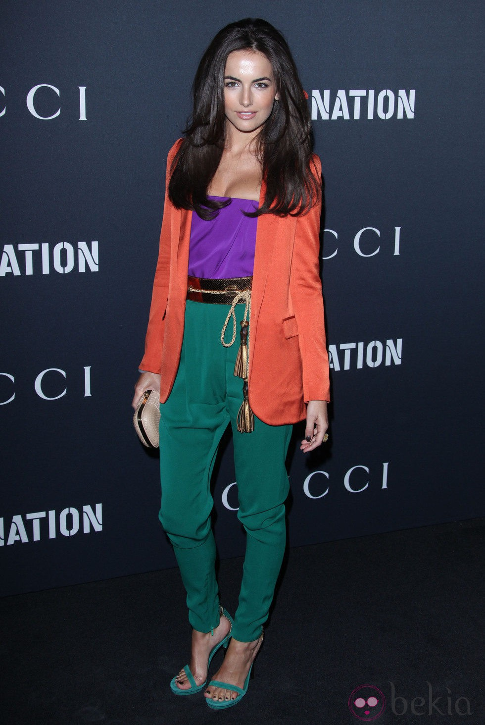 Camilla Belle, color block según Gucci