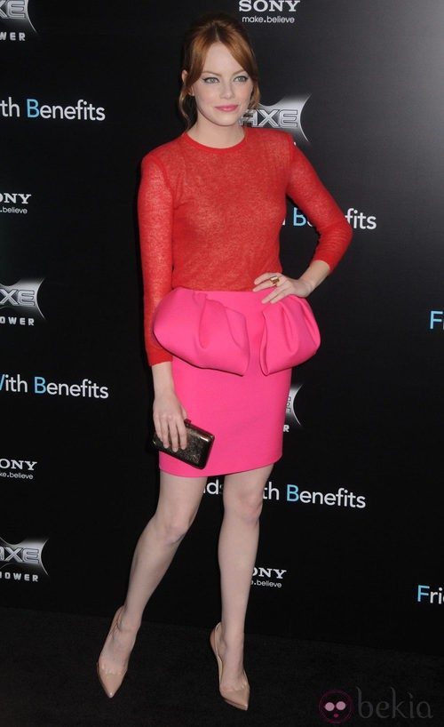 Emma Stone defiende el color block con Lanvin
