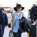 Rachel McAdams con sombrero de fieltro y ala ancha