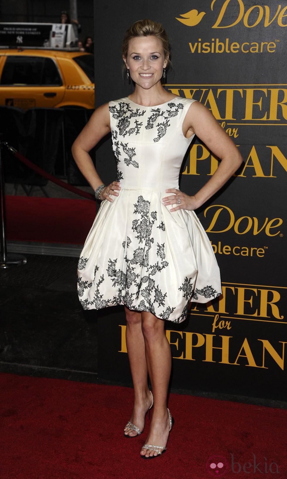 Reese Witherspoon vestida de Jason Wu