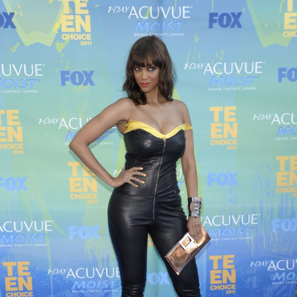 Tyra Banks Awards: Tyra Banks Con Mono De Cuero En Los Teen Choice Awards