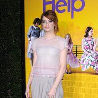 Emma Stone de Chanel en la première de 'The help'
