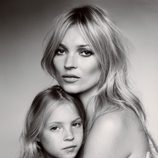 Kate Moss y su hija Lila Grace en Vogue