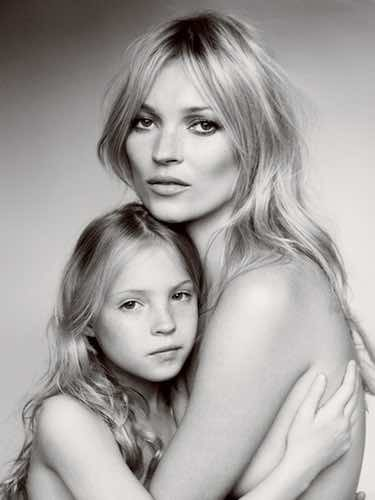 Kate Moss y su hija Lila Grace en Vogue