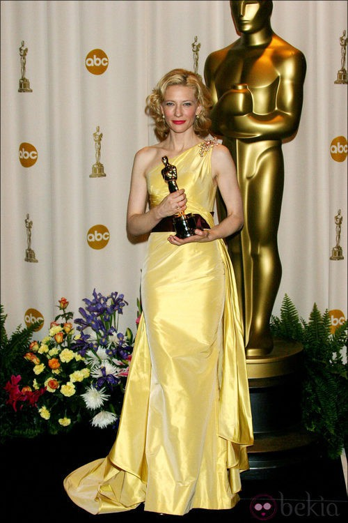Cate Blanchett se lleva el Oscar vestida de Valentino