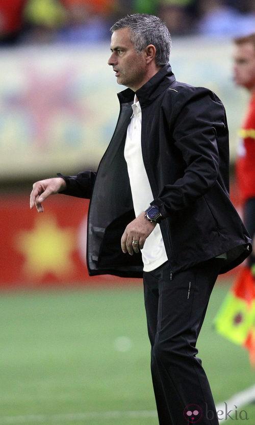 Mourinho, cómodo y funcional en el campo