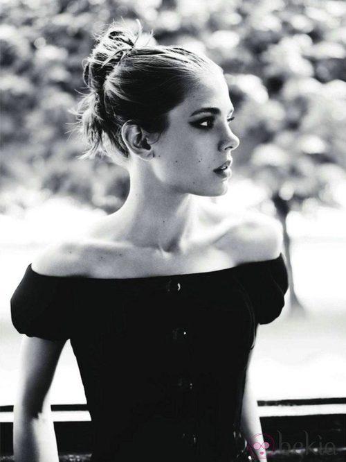Mario Testino retrata a Carlota Casiraghi para Vogue Francia