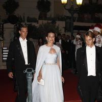 Carlota Casiraghi con vestido azul de Giambattista Valli