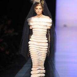 Andrej Pejic, el modelo de belleza andrógina