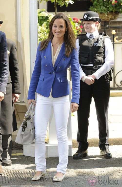 Pippa Middleton tras la boda real con chaqueta de Zara