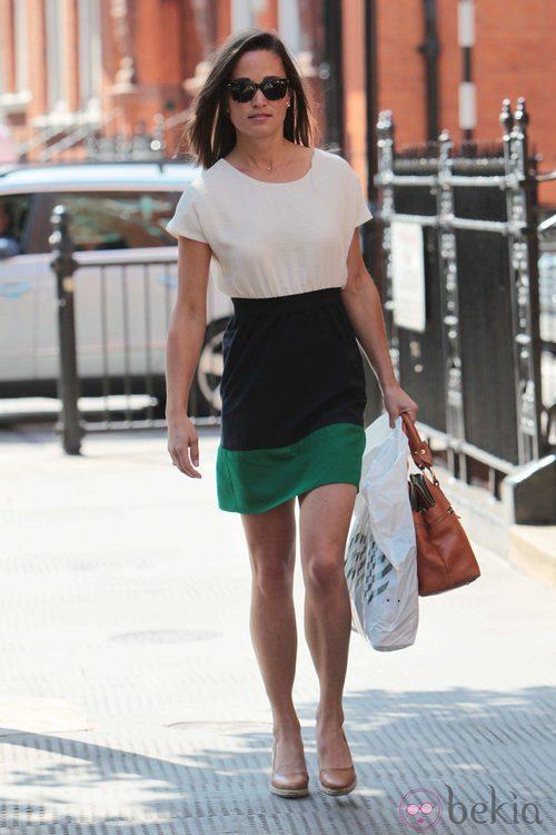 Pippa Middleton con vestido de Zara